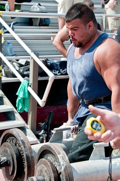 Strongman2009_Competition_DSC1898-1.jpg