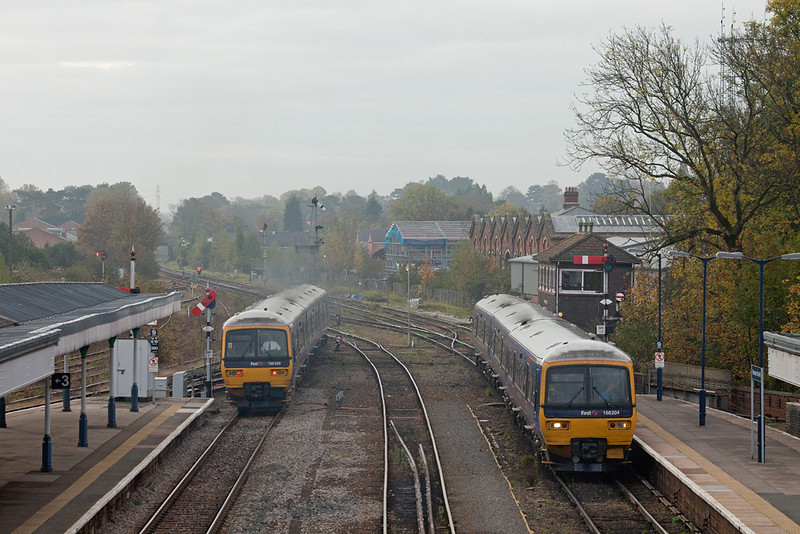 FirstGreatWestern 166 204 and 166 208 in Worcester Shrub Hill station.