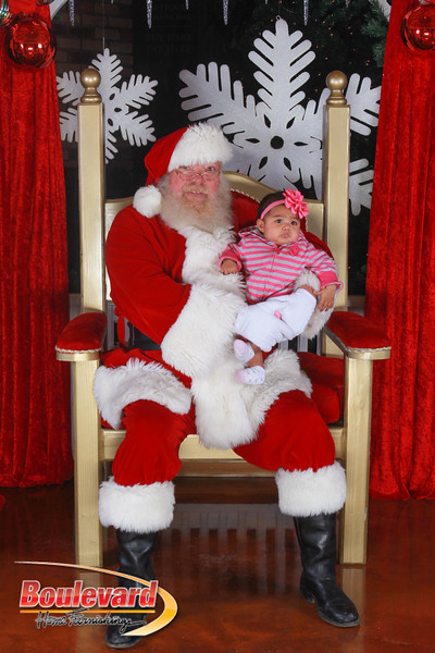 Santa 12-17-16-147.jpg