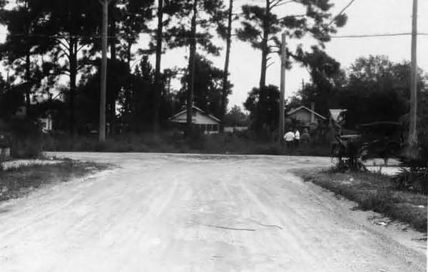 1928-Franklin near Sir Walter Edwards Park.jpg