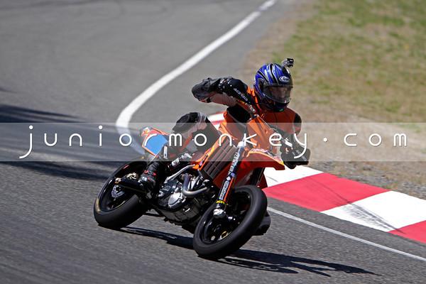 KTM - Orange Motard