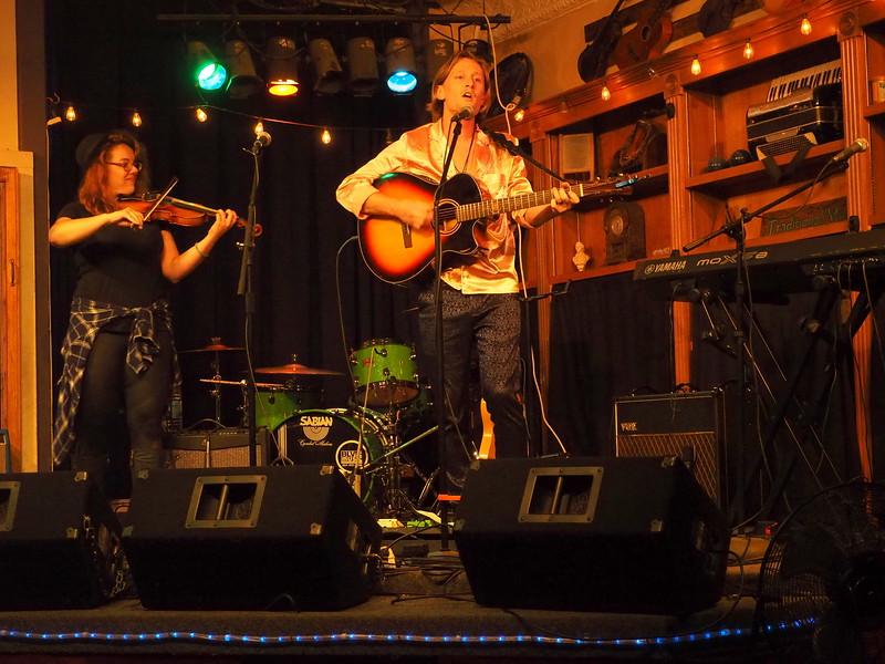 Purple Fiddle Emmas Lounge 1.JPG