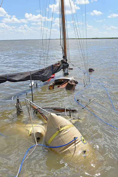 No Name Salvage by Lighthouse Dive Services and TowBoatUS Brunswick 07/16