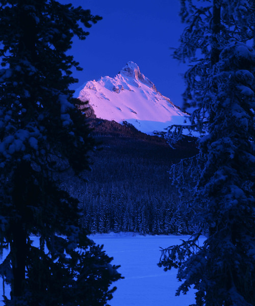 Mt Washington sunset frozen Big Lake enh sf.jpg