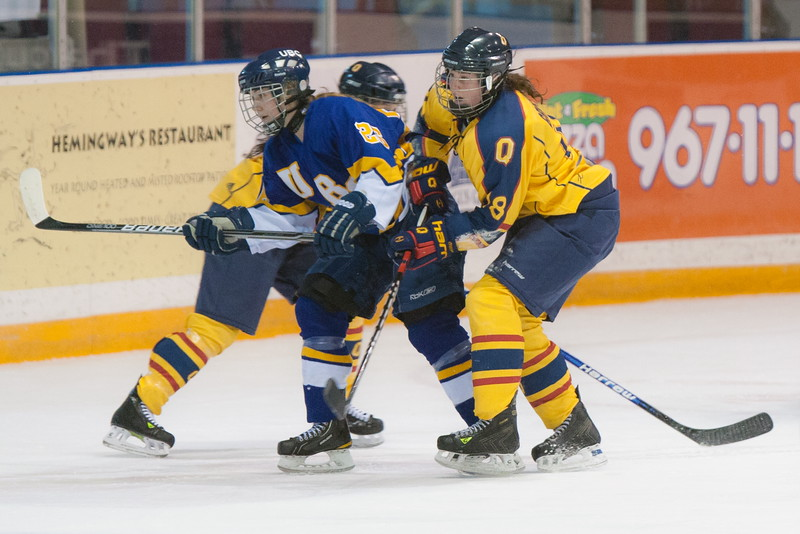 20130310 QWHockeyvsUBC 294.jpg