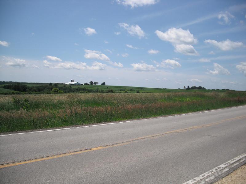 2009-07-11 Rolling farmland outside Cashton WI (3).JPG