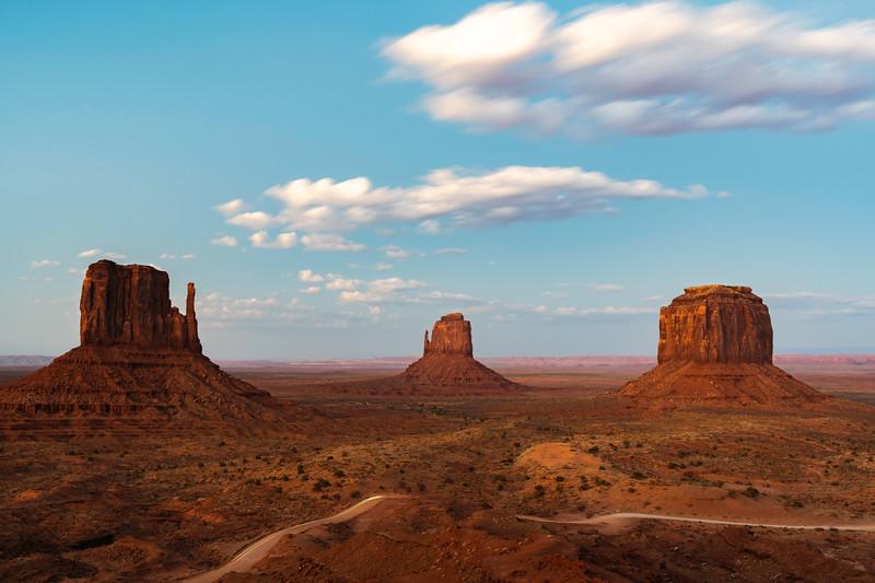 20180805_Monument Valley_EEG03118-HDR.jpg