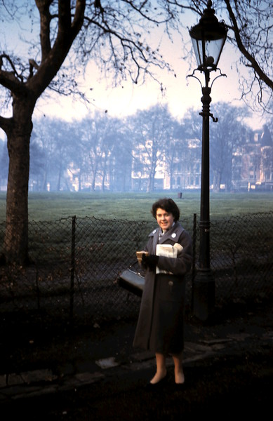 1960-2-5 (28) In Green Park, London.JPG
