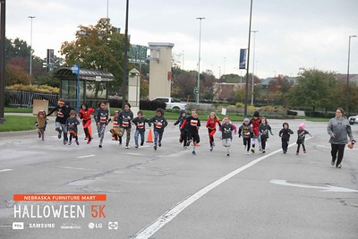 Nebraska Furniture Mart Halloween 5K 2018 Kansas City