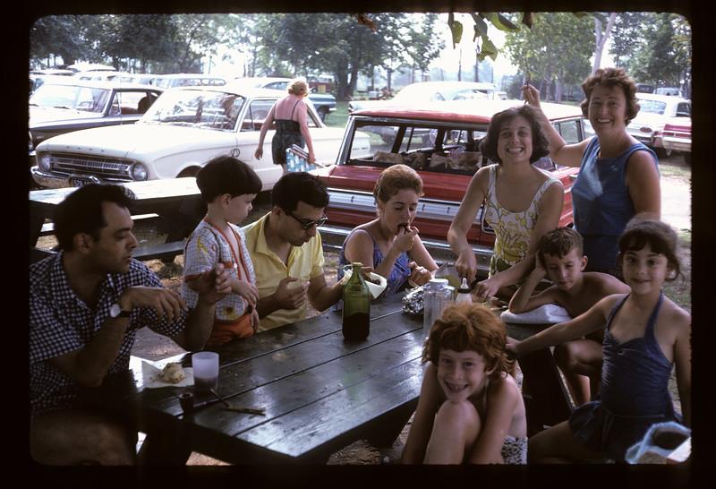 1966 Family_292.jpg