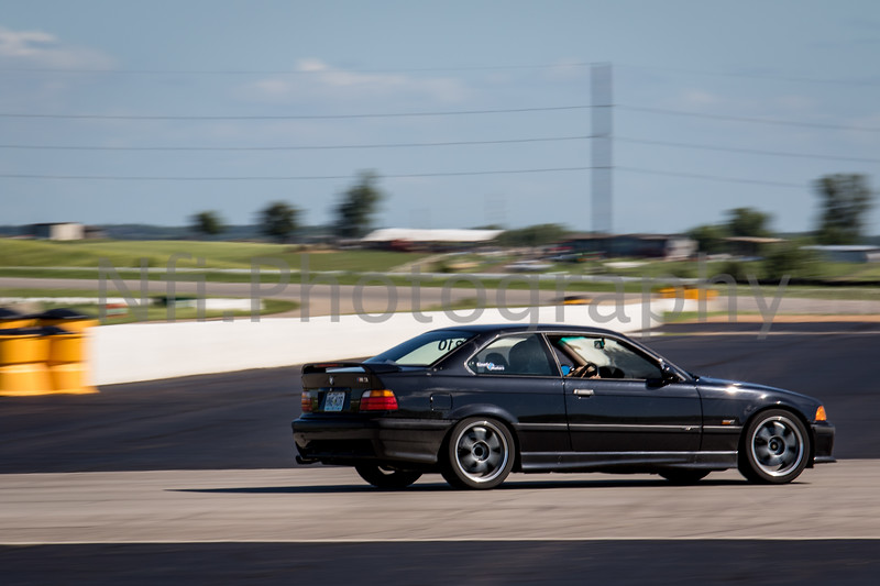 Flat Out Group 2-208.jpg