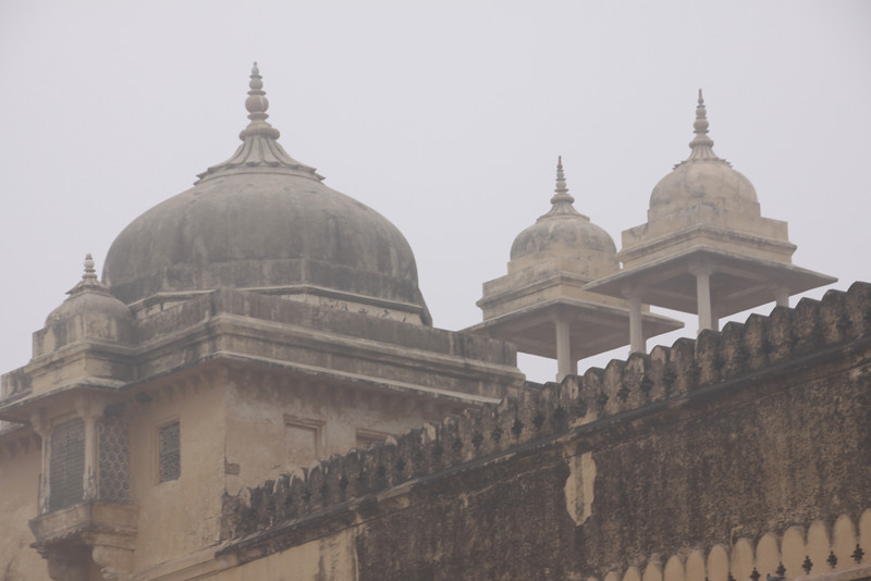 foggy day at the Amber Fort