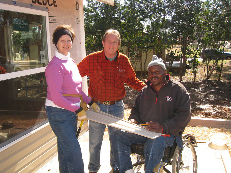 10 02-03  Linda Fuller, David Snell and Thad Harris. ff