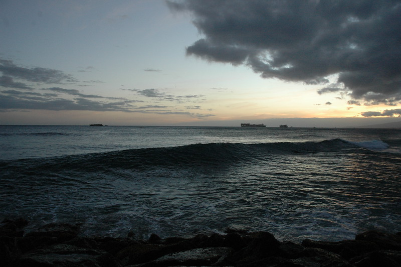 Hawaii - Ala Moana Beach Sunset-140.JPG