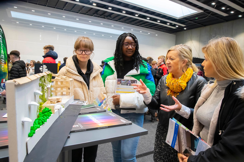 "22/11/2019. FREE TO USE IMAGE. Pictured at Waterford Institute of Technology (WIT) Open Day. Pictured are Sarah Adeleye, Kim Dalton, Laura Kucharska from the Presentation Secondary School, Waterford with Máire Henry Head of Dept  of Architecture.  Picture: Patrick Browne  Two open days taking place this week for school leavers and adult learners at WIT Arena  Families of south east Leaving Cert students wishing to get as much course and college-related research done as early as possible in sixth year can do so by attending the Waterford Institute of Technology (WIT) Saturday Open Day, 9am-2pm on 23 November 2019. The traditional schools' open day will run as usual on Friday, 22 November with a focus on information for secondary school students, students in further education colleges, and other CAO applicants, including mature students.  The Saturday Open Day – isn't just about courses for school leavers – it will have information available on the courses available across WIT's schools of Lifelong Learning, Humanities, Engineering, Science & Computing, Health Sciences, Business.  Adults interested in upskilling, or re-skilling can find out about Springboard courses, traditional evening courses as well as part-time and postgrad courses which are offered. WIT also runs specialist programmes for education, science, engineering and other professionals. The number of students studying WIT's part-time and online courses increased to 1650 in 2018, a 28% increase on 2017.  WIT Registrar Dr Derek O'Byrne says: ""A trend we are seeing at WIT Open Days is that students who may have enjoyed the Schools Open day with their friends and school groups, will return the following day with their parents or guardians.""  Students whose schools are attending are encouraged to join their school group on the Friday. As school students are fully catered for at the Schools' Open Day on Friday, there will not be the same breadth of school leaver focused talks and events at th"