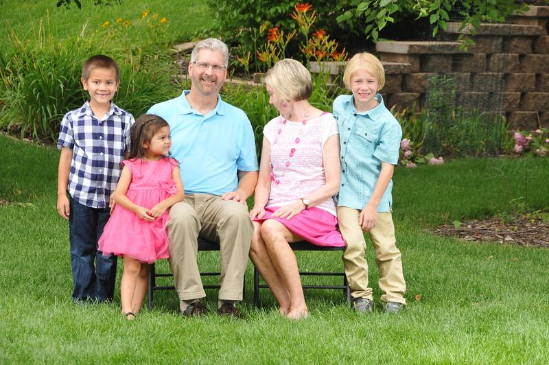 2015-07-25 Family Portraigs 2015 075.JPG