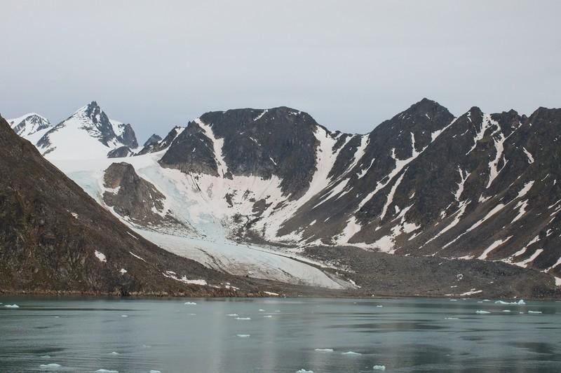 liefdefd fjord, svalbard archipelargo 9.jpg