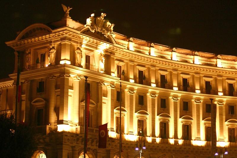 piazza-della-repubblica_2141907124_o.jpg