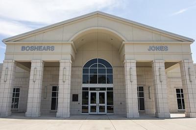 greenbrier-hosts-school-supply-drive-to-benefit-jones-elementary