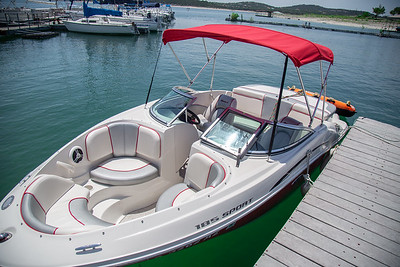 Aquaholics Watercraft Rentals