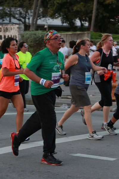 MB-Corp-Run-2013-Miami-_D0666-2480616589-O.jpg