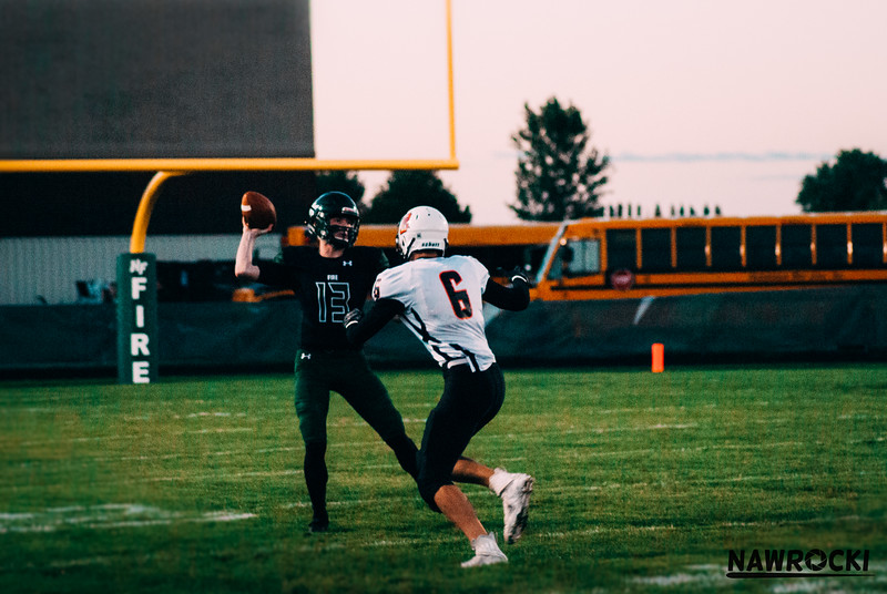 CNP_FOOTBALL_VS_DELANO-16.JPG