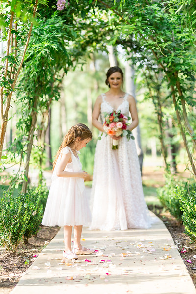 Daria_Ratliff_Photography_Styled_shoot_Perfect_Wedding_Guide_high_Res-199.jpg