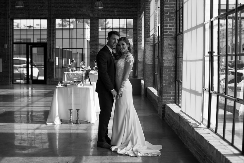 Kate&Josh_B&W_ZACH.WATHEN.PHOTOGRAPHER-292.jpg