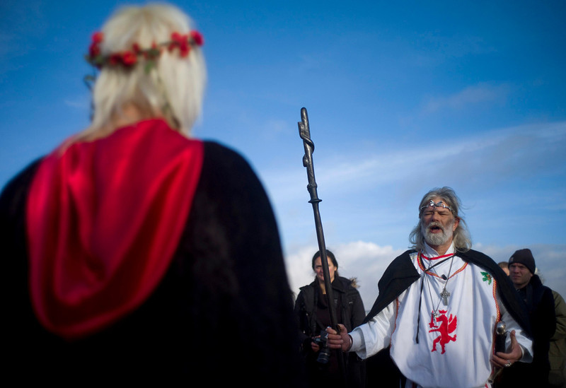 . Druid Arthur Pendragon chants an incantation during the winter solstice at Stonehenge on Salisbury plain in southern England December 21, 2012. The winter solstice is the shortest day of the year, and the longest night of the year. REUTERS/Kieran Doherty