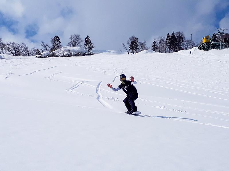 Grade 11 Expedition-Niigata Snow-20190314_165449-2018-19.jpg