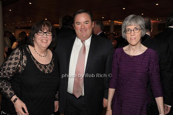 Ann McCabe, John Manning, Eileen McCabe   photo  by Rob Rich © 2014 robwayne1@aol.com 516-676-3939