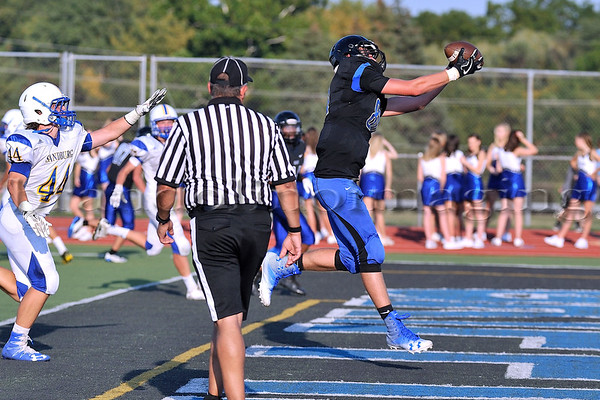Lincoln-Way East Sophomores v. Carl Sandburg : (Homecoming 2017)