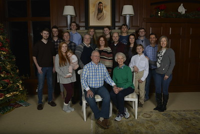 Kevin and Gail Sears Family Portraits 12-31-2019