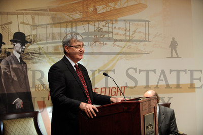 11858 Chancellor John Carey visit and news conference 7-29-13