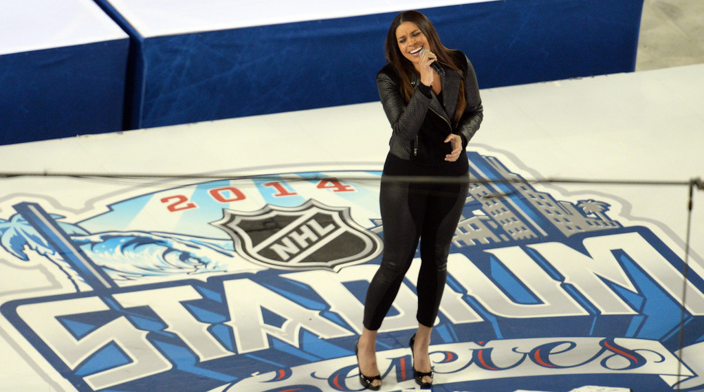 . Jordin Sparks performs the national anthem to kick off the 2014 NHL Stadium Series featuring the Los Angeles Kings taking on the Anaheim Ducks at Dodger Stadium January 25, 2014. (Photo by Hans Gutknecht/Los Angeles Daily News)