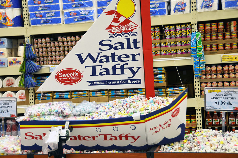 2012-7-1 ––– This is for my Finnish family. They love salt water taffy, so yes Pekka, this is just to tease you and your family.