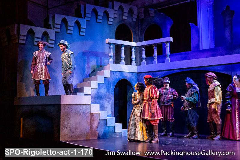 SPO-Rigoletto-act-1-170.jpg