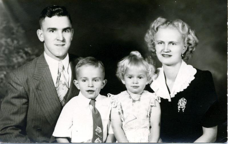 Clovis Ralph family