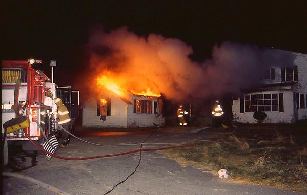 Middleboro Pleasant St 12/1995