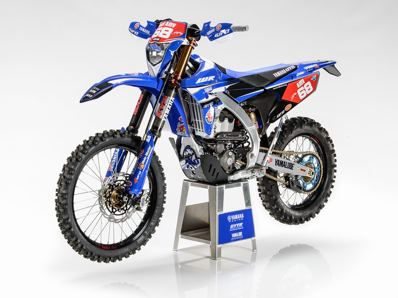 2017_OUTS_static_WR250F_MCCANNEY_003.jpg
