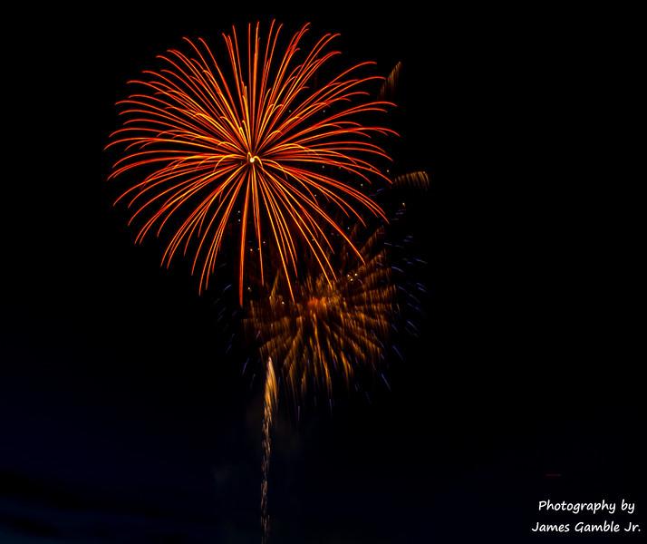 Fourth-of-July-Fireworks-2016-0308.jpg