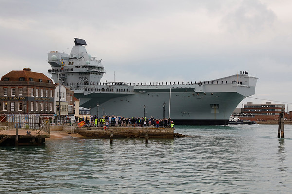 HMS Queen Elizabeth Entering Portsmouth Harbour for the First Time