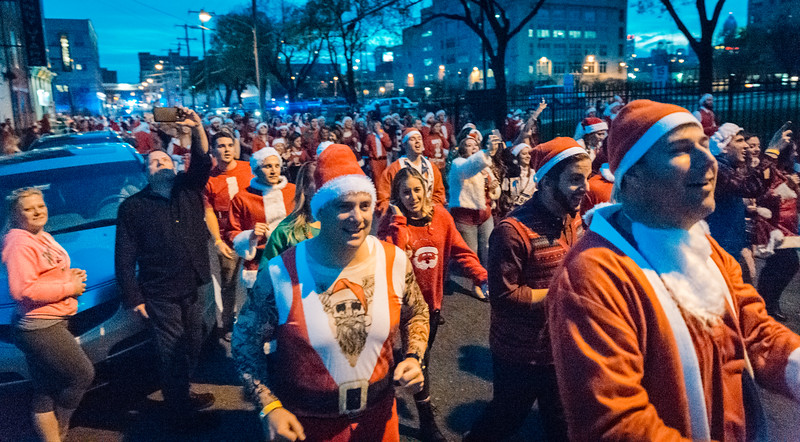Running with Santa Philadelphia 12-12-2015-3382.jpg