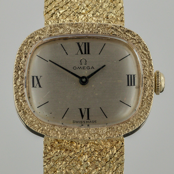 gold watch-1475.jpg