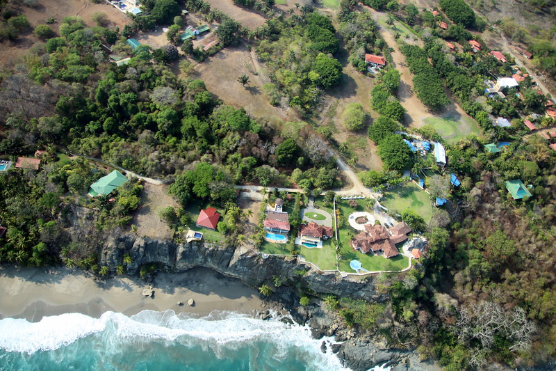 Homes on a Cliff infront of the Ocean in Tango Mar, Puntarenas