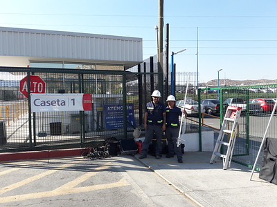 Install UHF link system for Toyota in East TJ