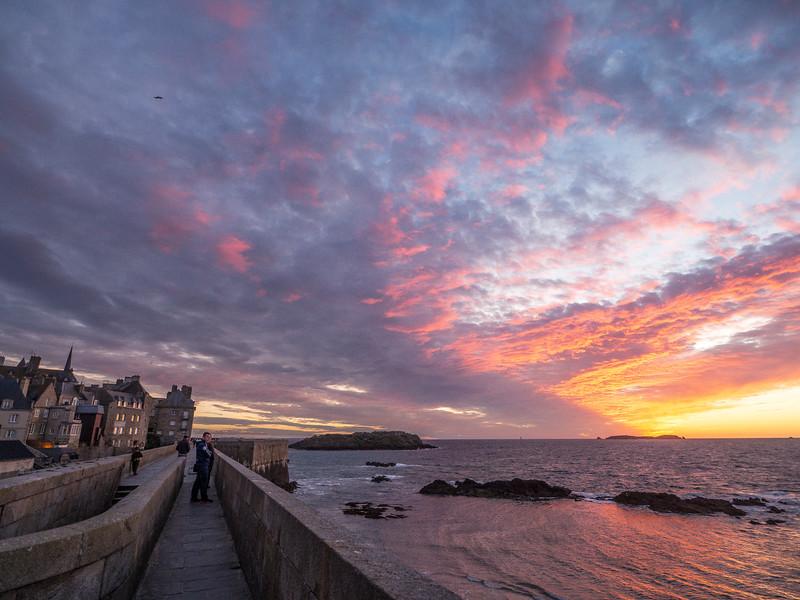 Sunset in Saint-Malo