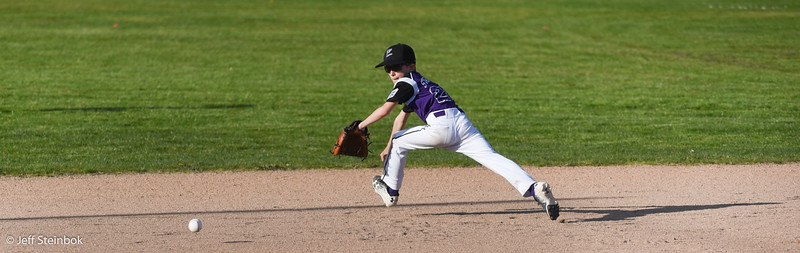 04-24 vs SLL Dodgers (2 of 18).jpg