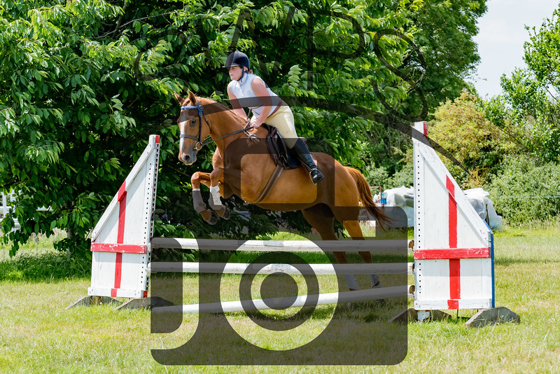 Show Jumping Arena -  2ft 9 Open