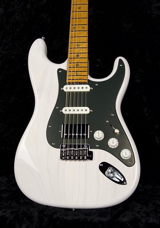 25th Anniversary NOS Retro #3778, MK White, Grosh S/S/H Pickups